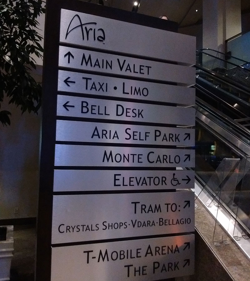 Vacation fonts: this whole sign is a kerning nightmare