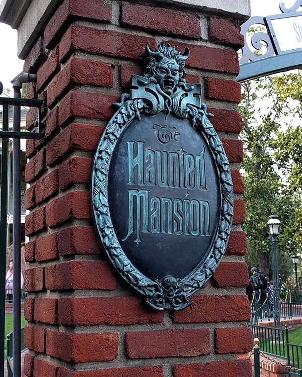 Type of Disneyland: Haunted Mansion