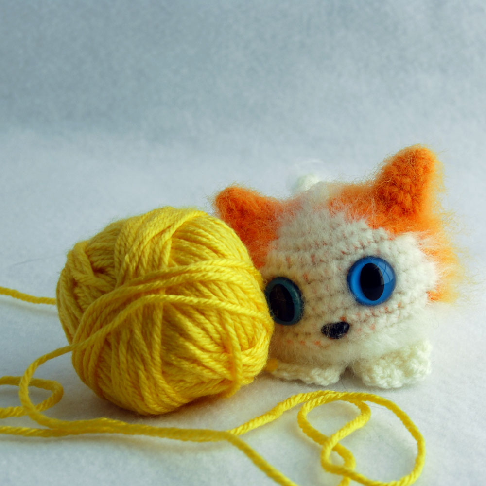 Crochet cat, Stress ball, Hand therapy squeezable ball, Amigurumi ... | 1000x1000