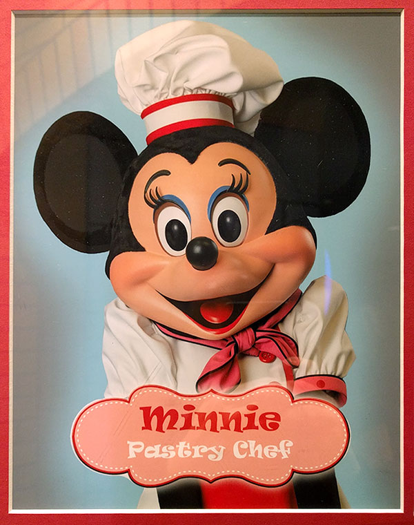 Type of Disneyland: Minnie Ravie